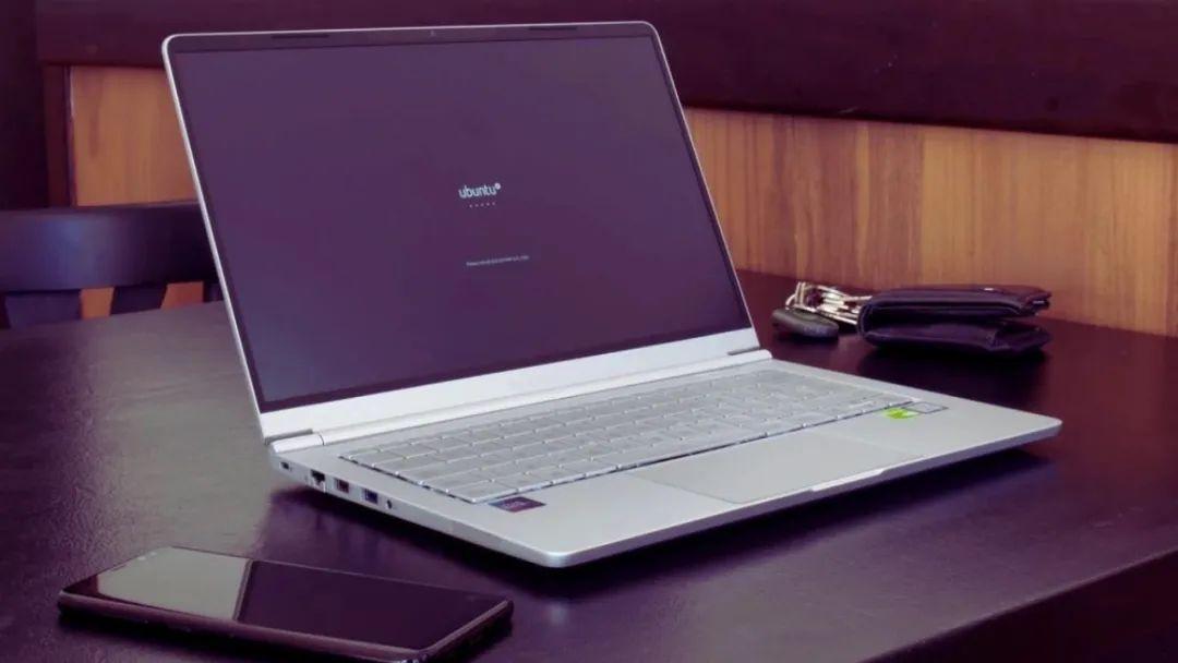 2021 年可以购买的 10 大 Linux 笔记本电脑